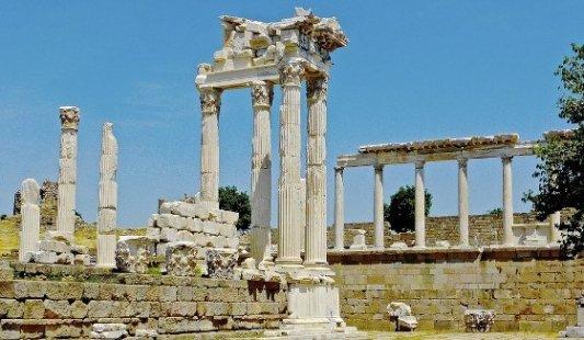 Ruinas de la vieja ciudad de Pérgamo.