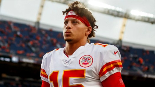 Analyst Argues Patrick Mahomes is 'More Clutch Quarterback ...