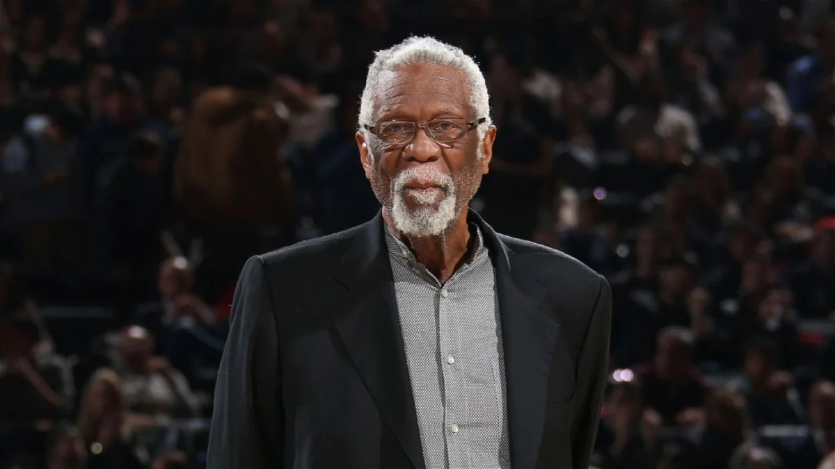 """Photo of """"You're a divider and a coward"""": NBA legend Bill Russell responds to Donald Trump's recent Tweet – EssentialSports"""