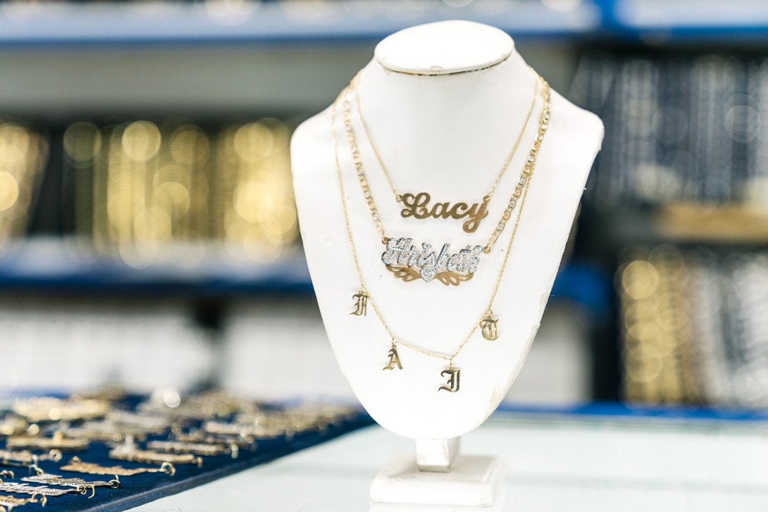 Crown My Name Gold Plated Nameplate Xoxo Necklace And Earring