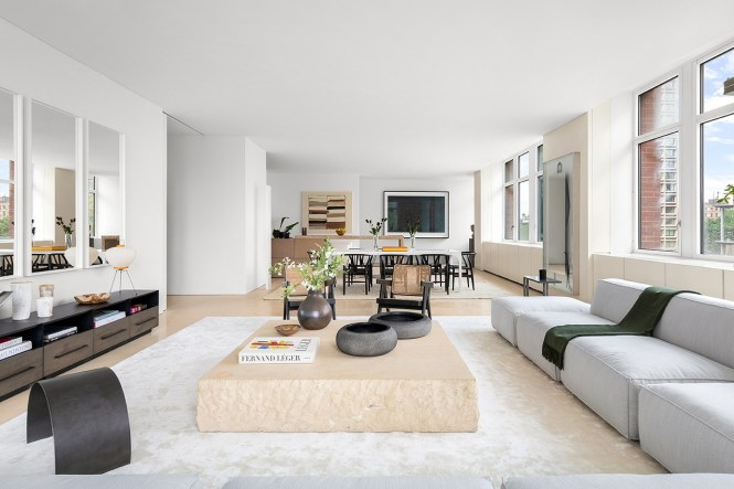Kanye West S Former New York Apartment
