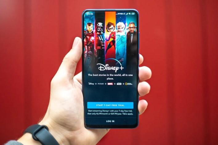 Disney plus Surpasses 100 Million Subscribers streaming service Netflix amazon prime video mcu WandaVision falcon and the winter soldier marvel