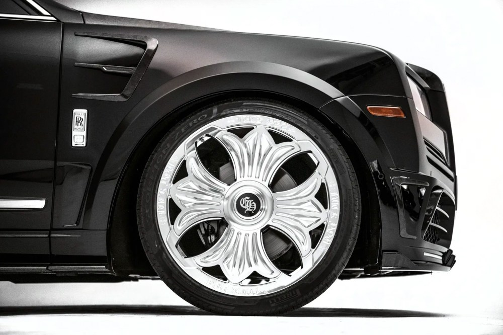 Drake Chrome Hearts Rolls-Royce Cullinan Closer Look drake chrome silver custom cars luxury Mansory miami Richard Stark