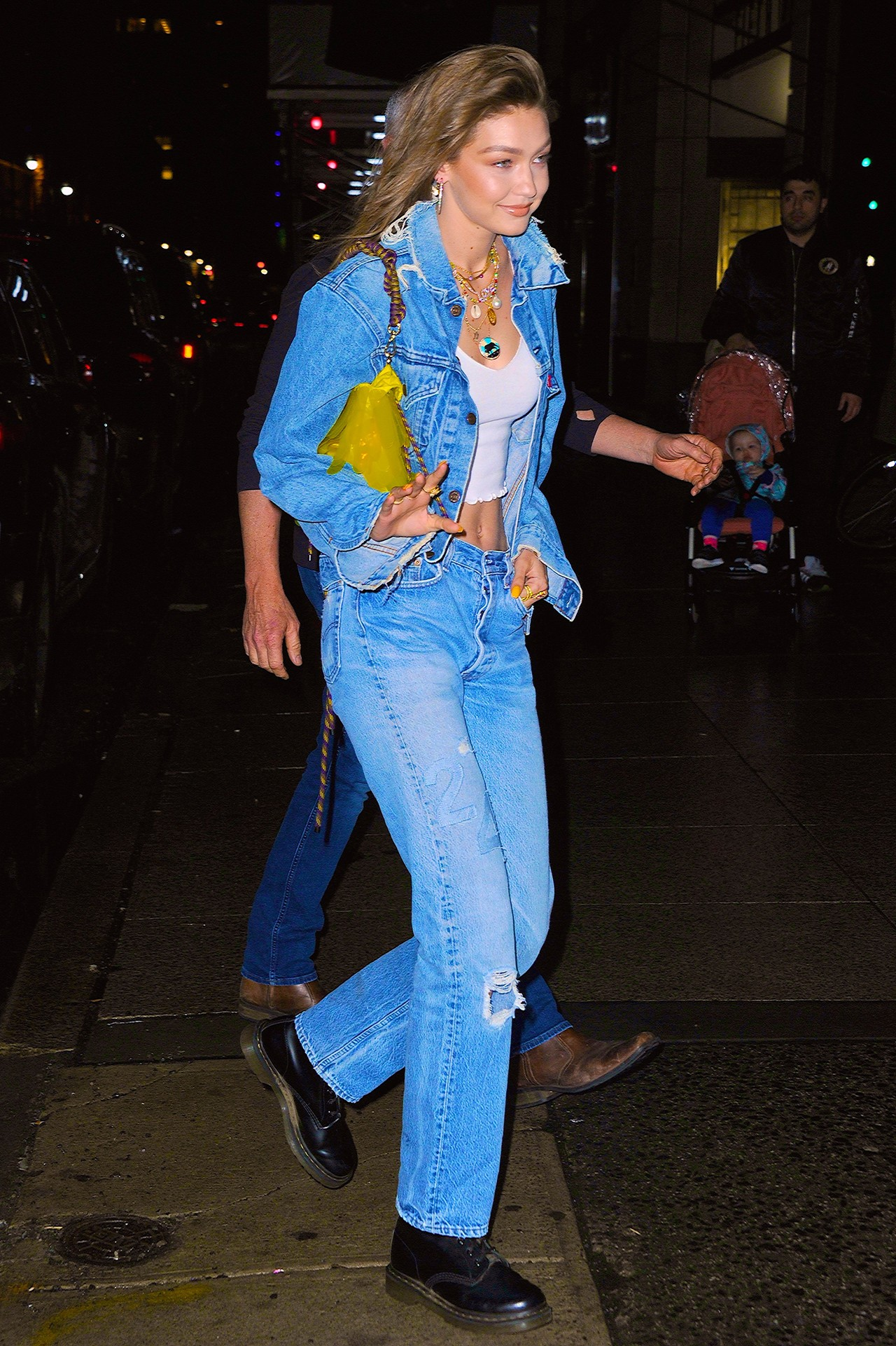 Gigi Hadid S Off Duty Style Wardrobe Essentials Hypebae