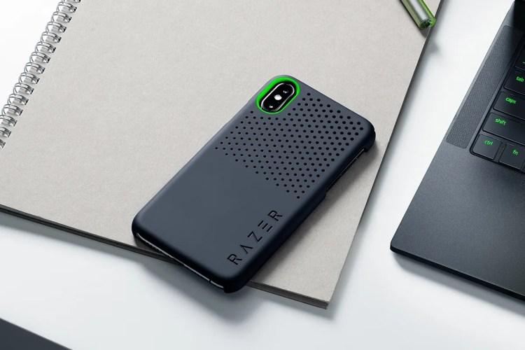 Topologie 推出斜肩式手機殼 Crossbody Phone Case   HYPEBEAST