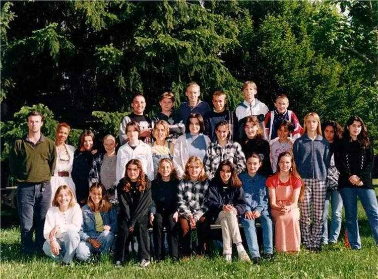 Photo de classe 4me de 1996 Collge Jongkind  Copains davant