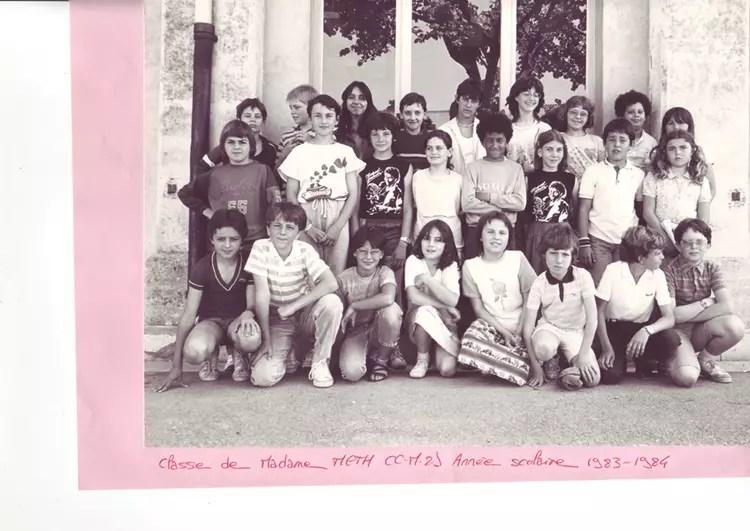 Photo de classe CM 2 de 1983 Ecole Jean Mace Uzes  Copains davant