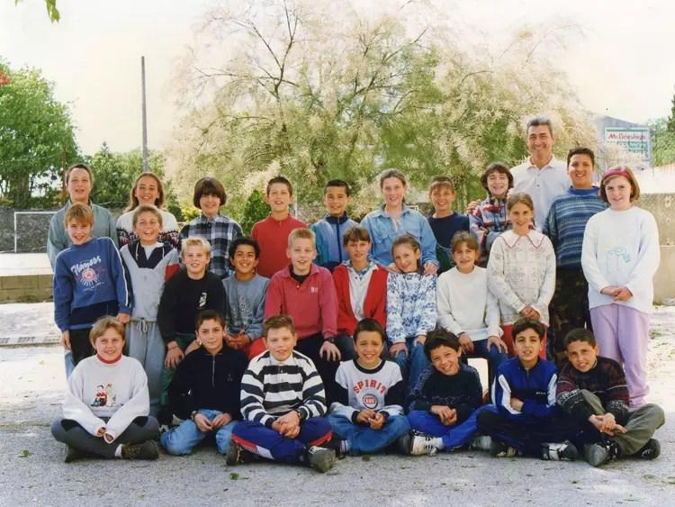 Photo de classe CM2 de 1995 Ecole Jean Mace Uzes  Copains davant