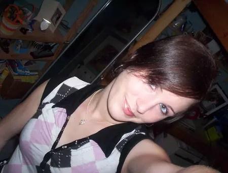 Jennifer METAYER 31 Ans FLEURY LES AUBRAIS SARAN