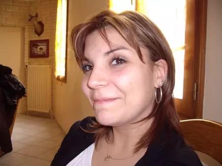 Vanessa ALVES 35 ans BEZONS BEAUCHAMP  Copains davant