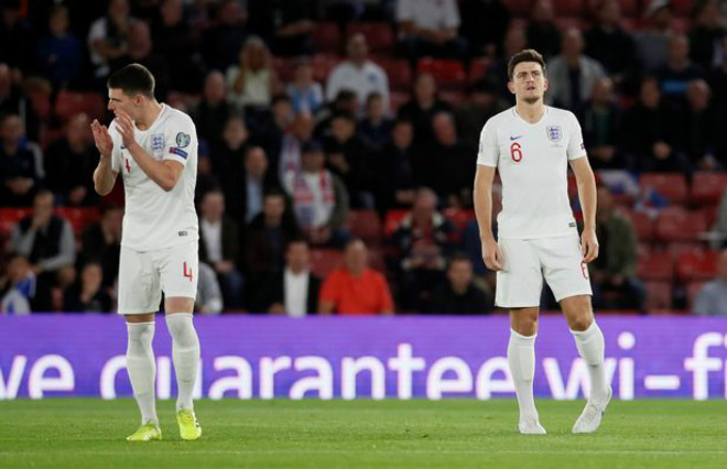 """Sững sờ """"trận cầu điên"""" 8 bàn: SAO MU - Maguire sai lầm, ĐT Anh thót tim - 1"""