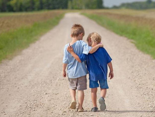 3 cách đơn giản để dạy con biết đồng cảm với người khác - 1