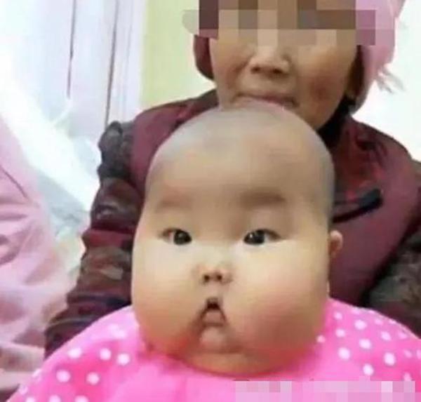 Nhờ bà chăm cháu 1 tháng, mẹ trẻ hoảng sợ khi nhìn thấy mặt con - 5