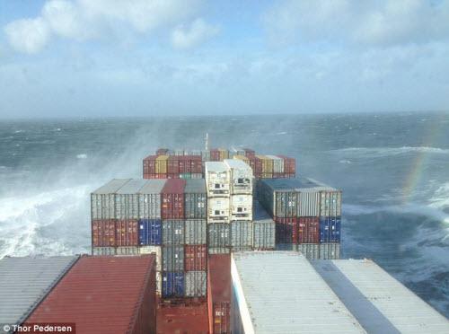 Chàng trai du ngoạn khắp thế giới bằng tàu container - 3