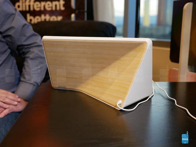 Trên tay màn hình thông minh của Lenovo có trợ lý ảo - 2