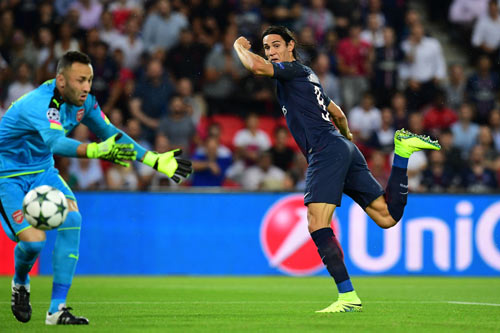 """PSG - Arsenal: Bàn thắng siêu tốc & những """"chân gỗ"""" - 1"""