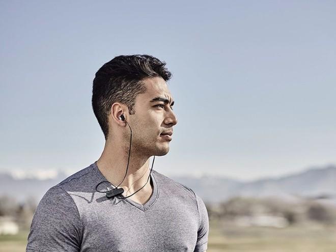 Những tai nghe tốt nhất cho người thích tập luyện thể thao - 7