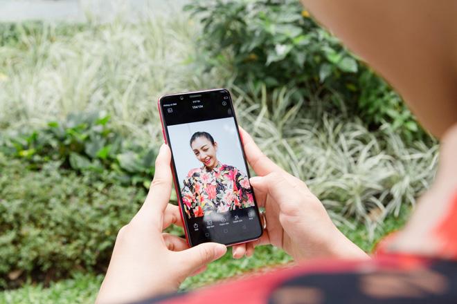 OPPO F5 lộ thiết kế màn hình tràn trong HHHV và MV của Noo Phước Thịnh - 7