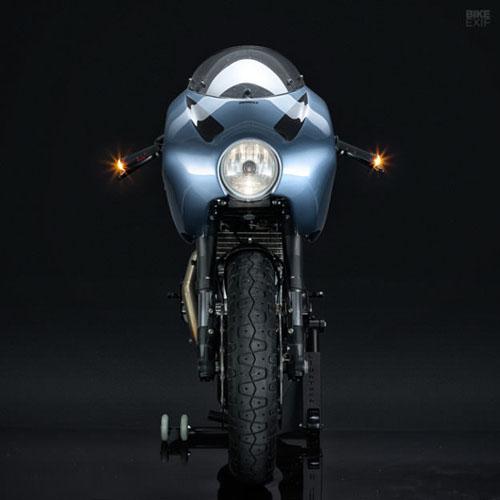 """Mê mẩn trước DucatiMH900e Superlite màu sắc """"dị biệt"""" - 2"""