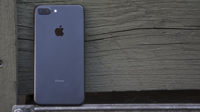 Top smartphone cao cấp, nhưng giá đã giảm sâu mùa mua sắm - 2