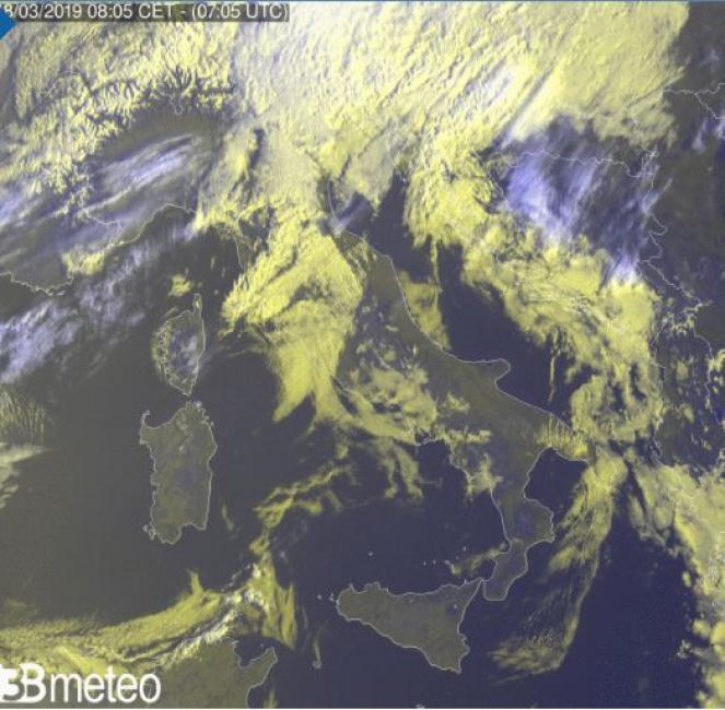 Ultima immagine del satellite rielaborata da 3bmeteo