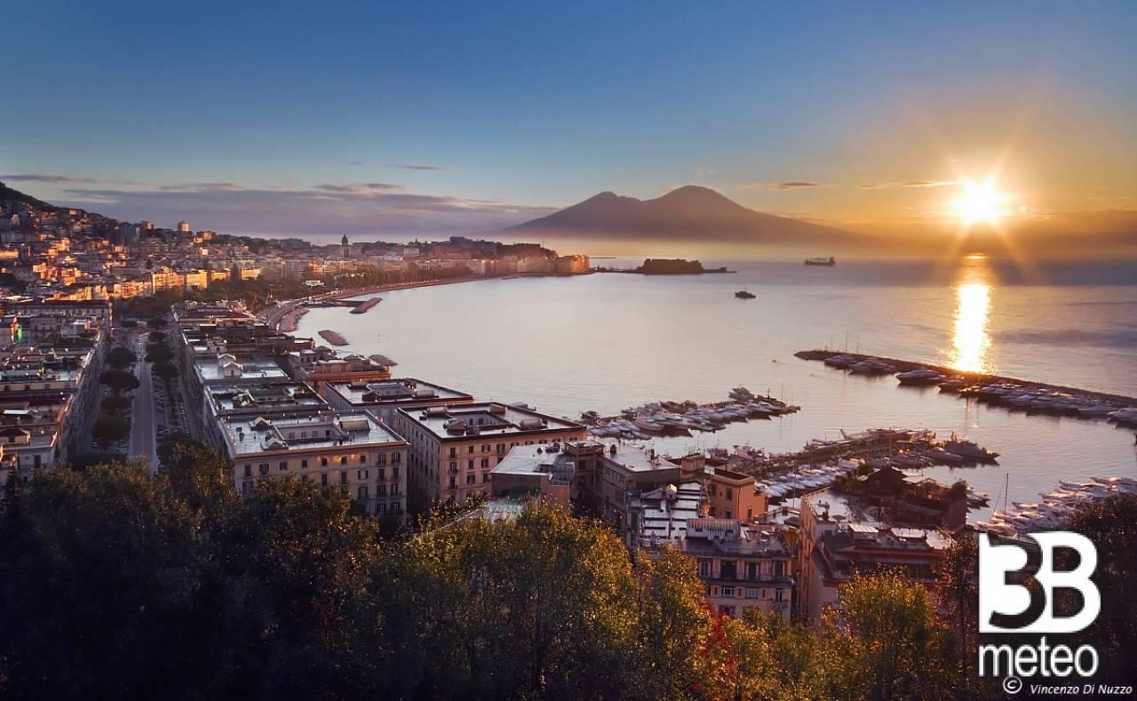 Napoli Allalba  Foto Gallery  3B Meteo