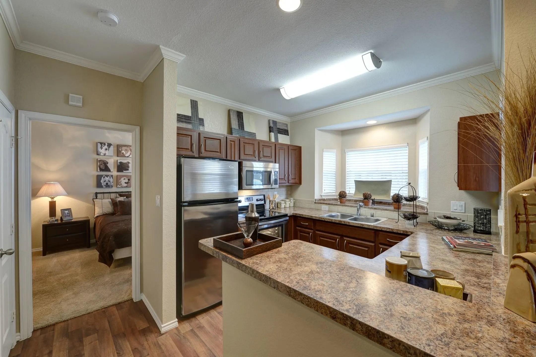 Camden Legacy Park Apartments  Plano TX 75024