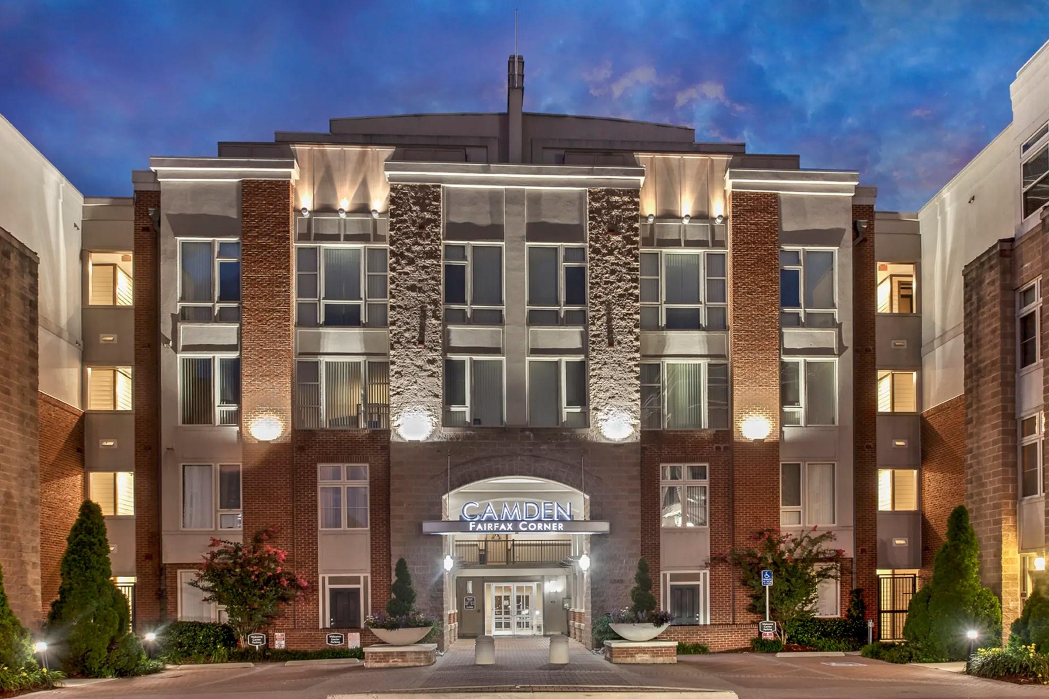 Camden Fairfax Corner Apartments  Fairfax VA 22030