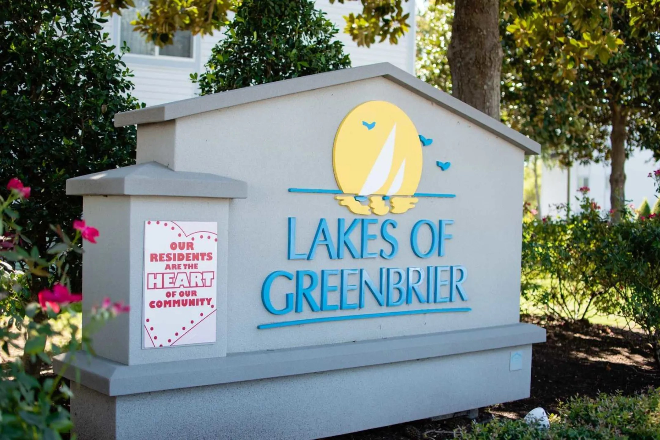 Lakes of Greenbrier Apartments  Chesapeake VA 23320