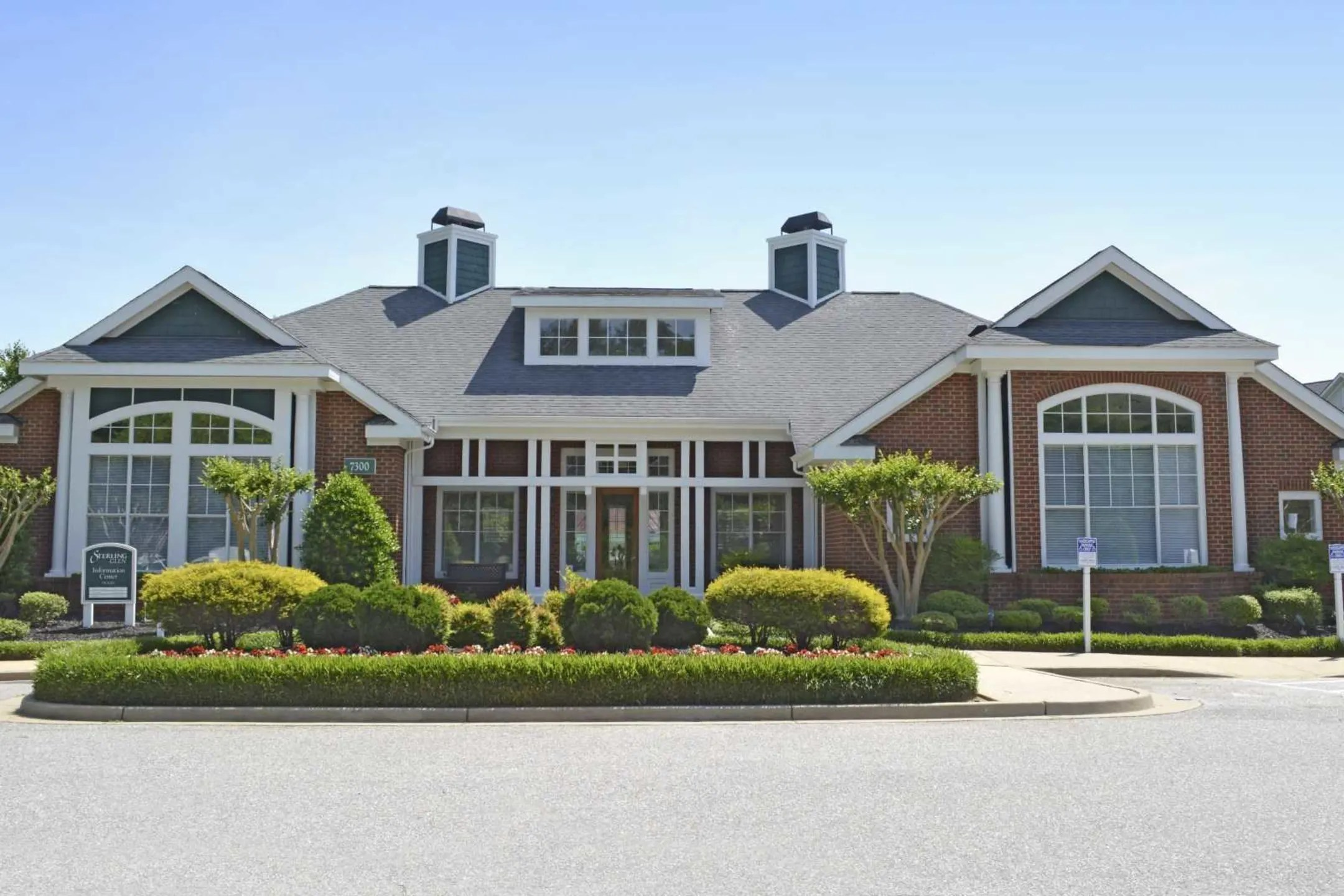 Sterling Glen Apartments  Chesterfield VA 23832