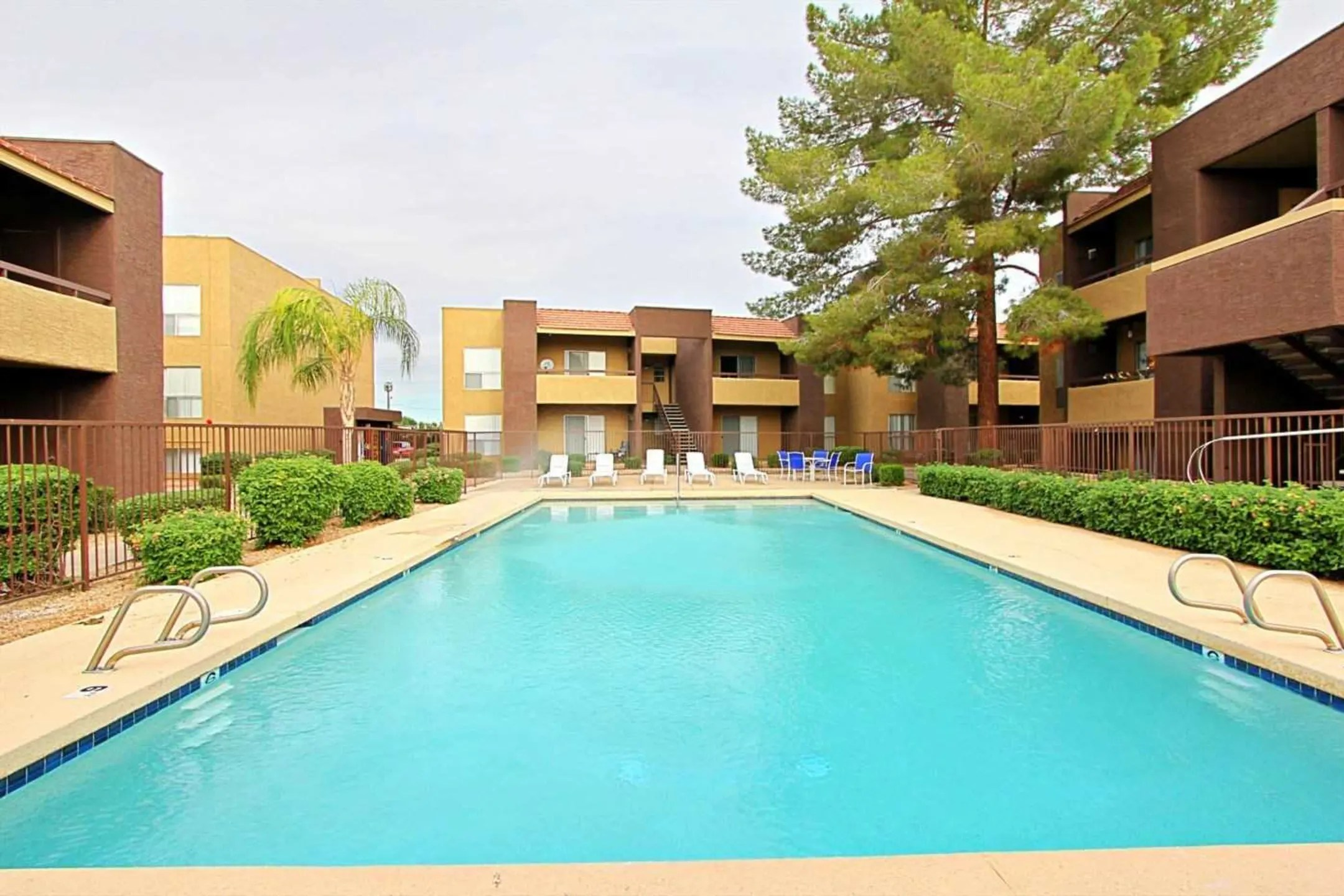 Villa Serena Apartments  Phoenix AZ 85051