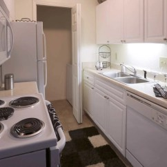 Kitchen Cabinets Greenville Sc Grills For Outdoor Kitchens Roper Mountain Woods Apartments - Greenville, 29615 ...