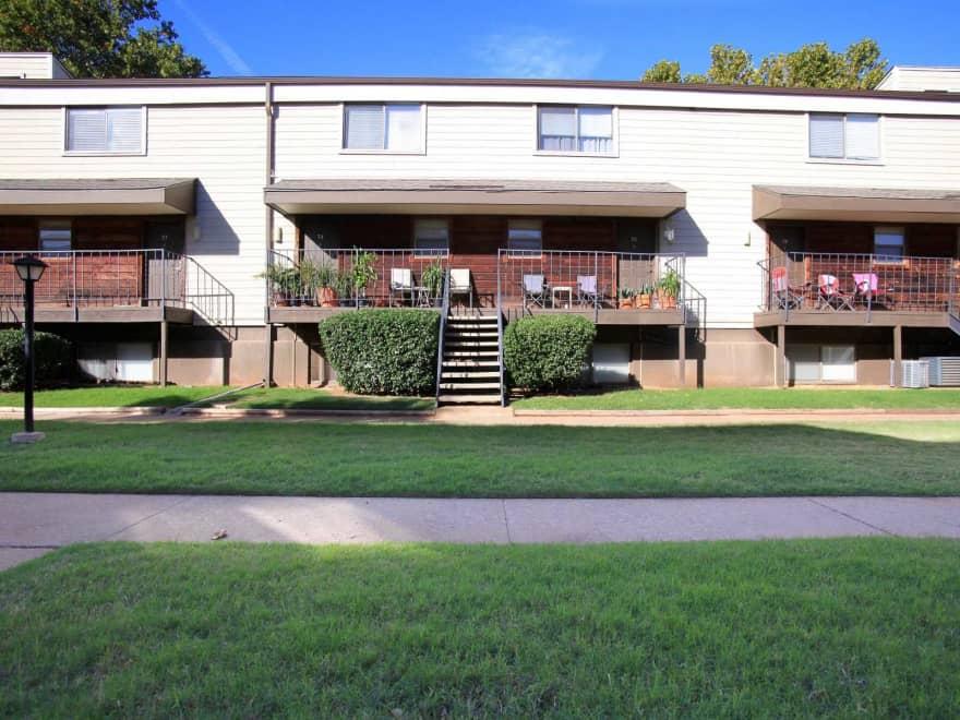 Cedar Hills Apartments  Oklahoma City OK 73115  Apartments for Rent