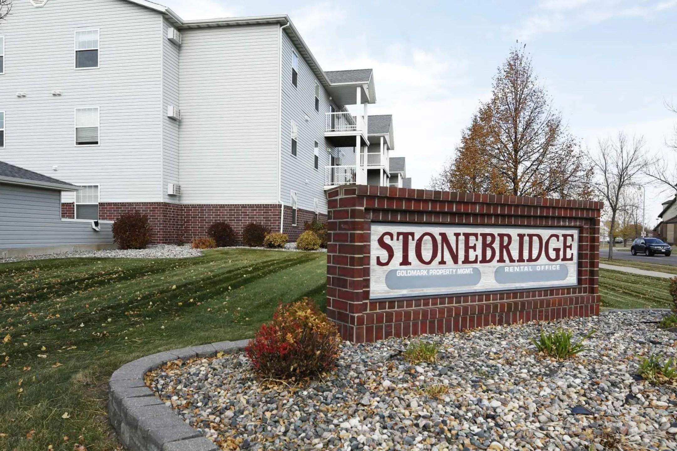 Stonebridge Apartments  Fargo ND 58104