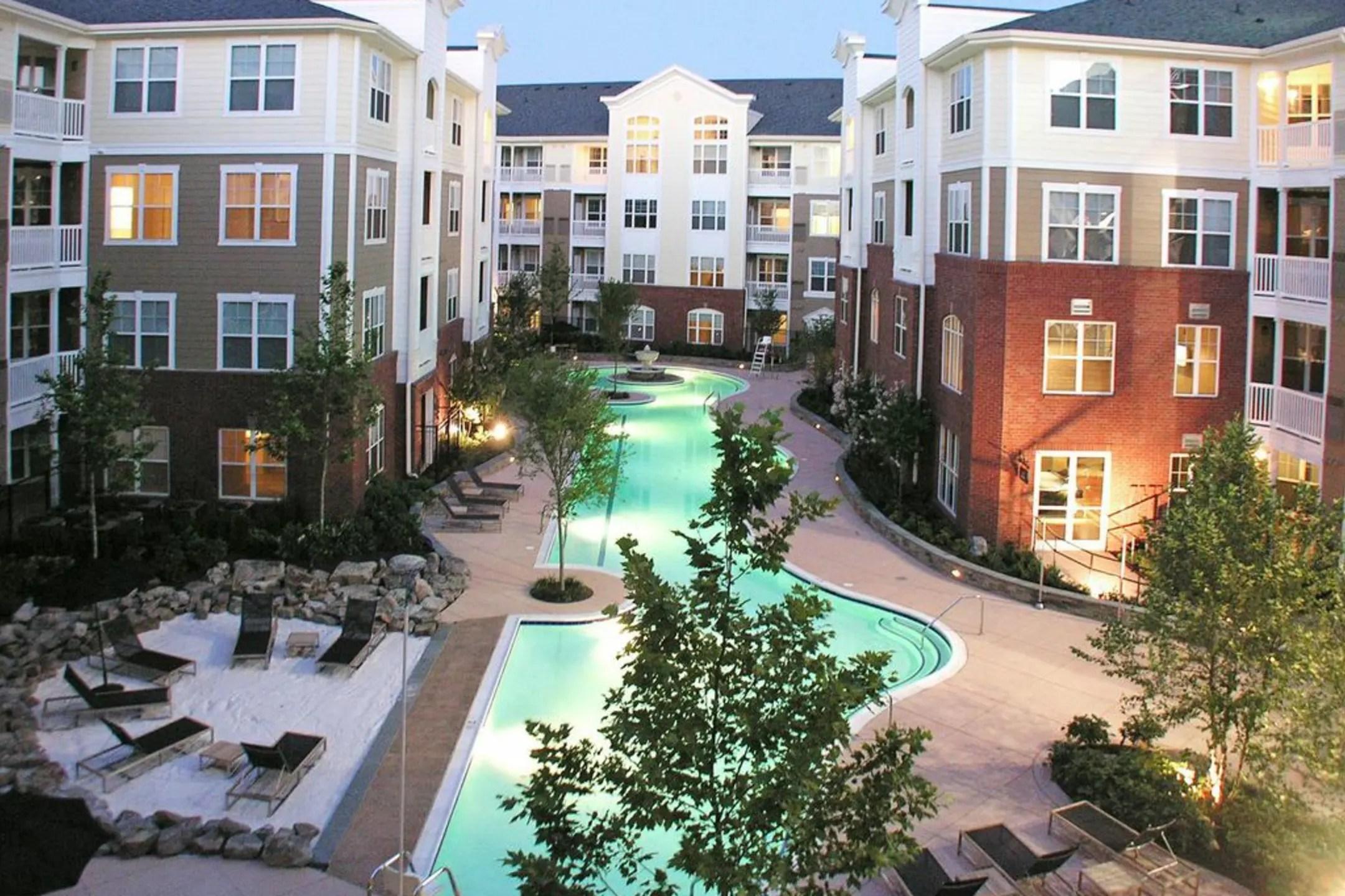 Emerson at Cherry Lane Apartments  Laurel MD 20707