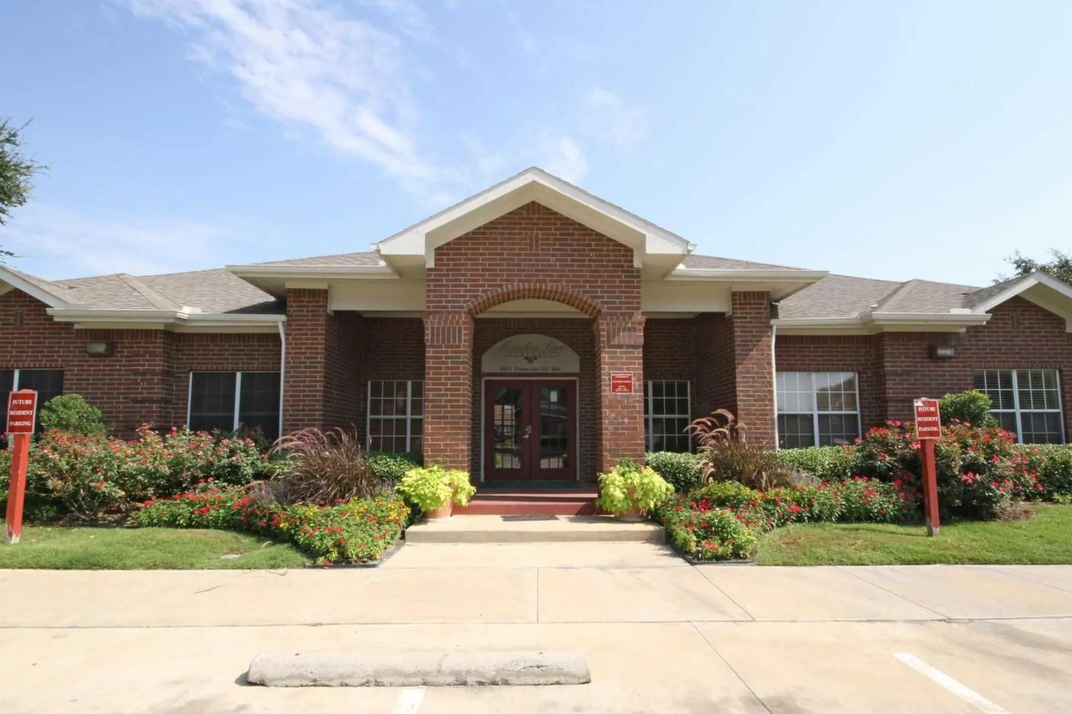 Meadow Parc Apartments Dallas TX 75236