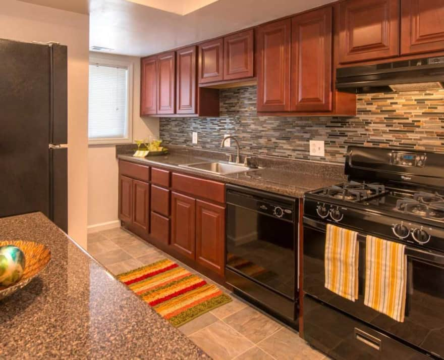 University Apartments  Norfolk VA 23502  Apartments for Rent