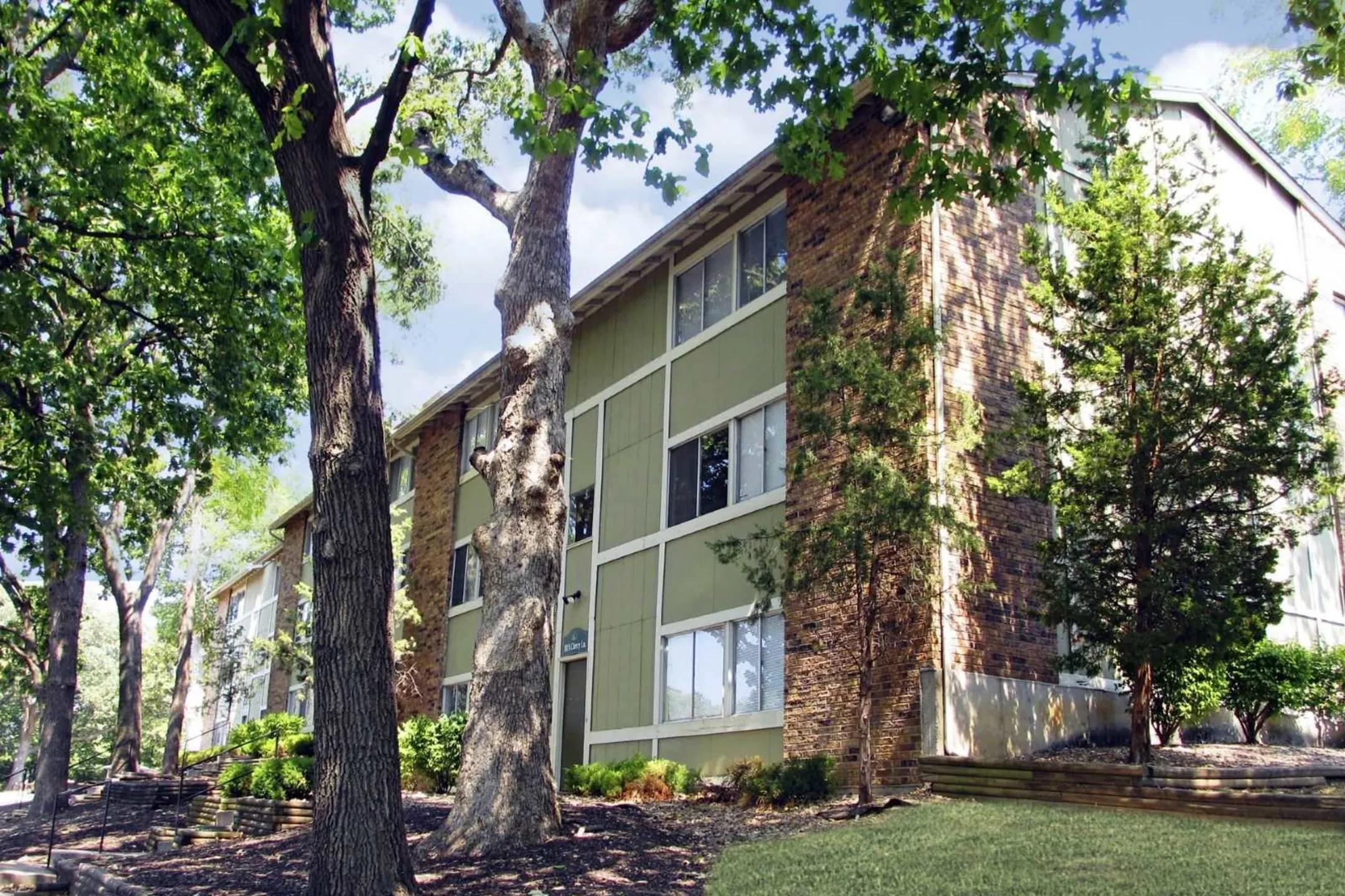 Timberline Apartments Kansas City MO 64116