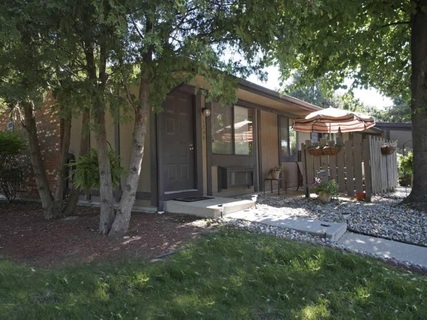 Oakwood Park Apartments  Ypsilanti MI 48198  Apartments