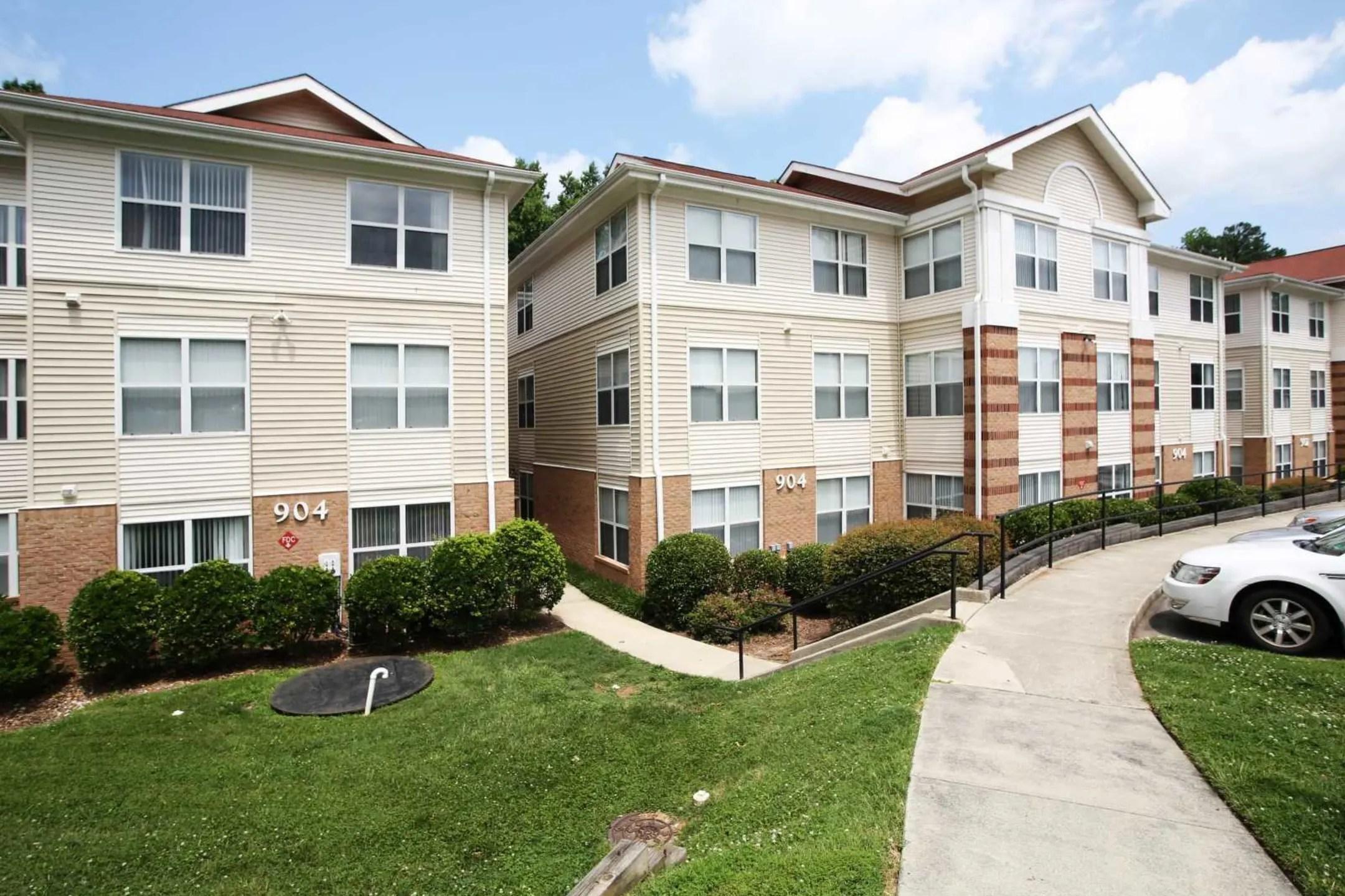 Poplar Manor Apartments  Durham NC 27705