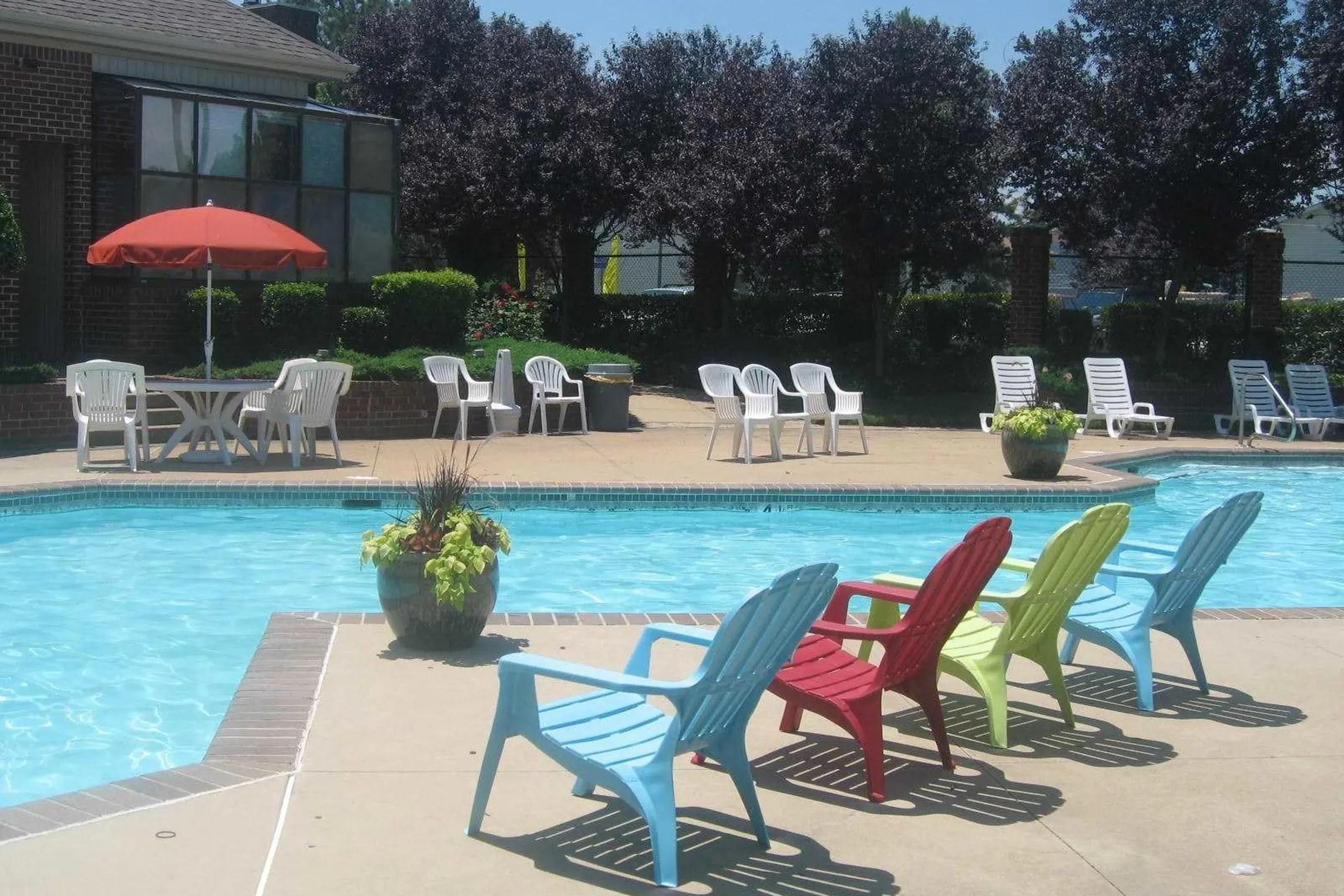 Breezy Point Apartments  Norfolk VA 23505