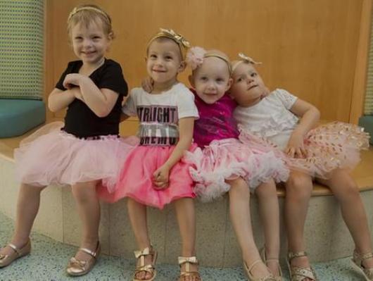 Resultado de imagem para little girls