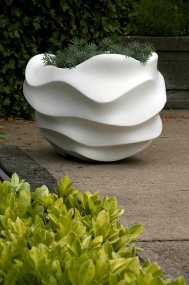 sculptural planter series marie