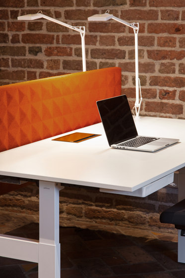 AHREND BALANCE Table dividers from Ahrend Architonic