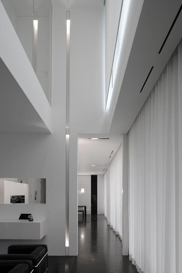 Lights Linear Floor