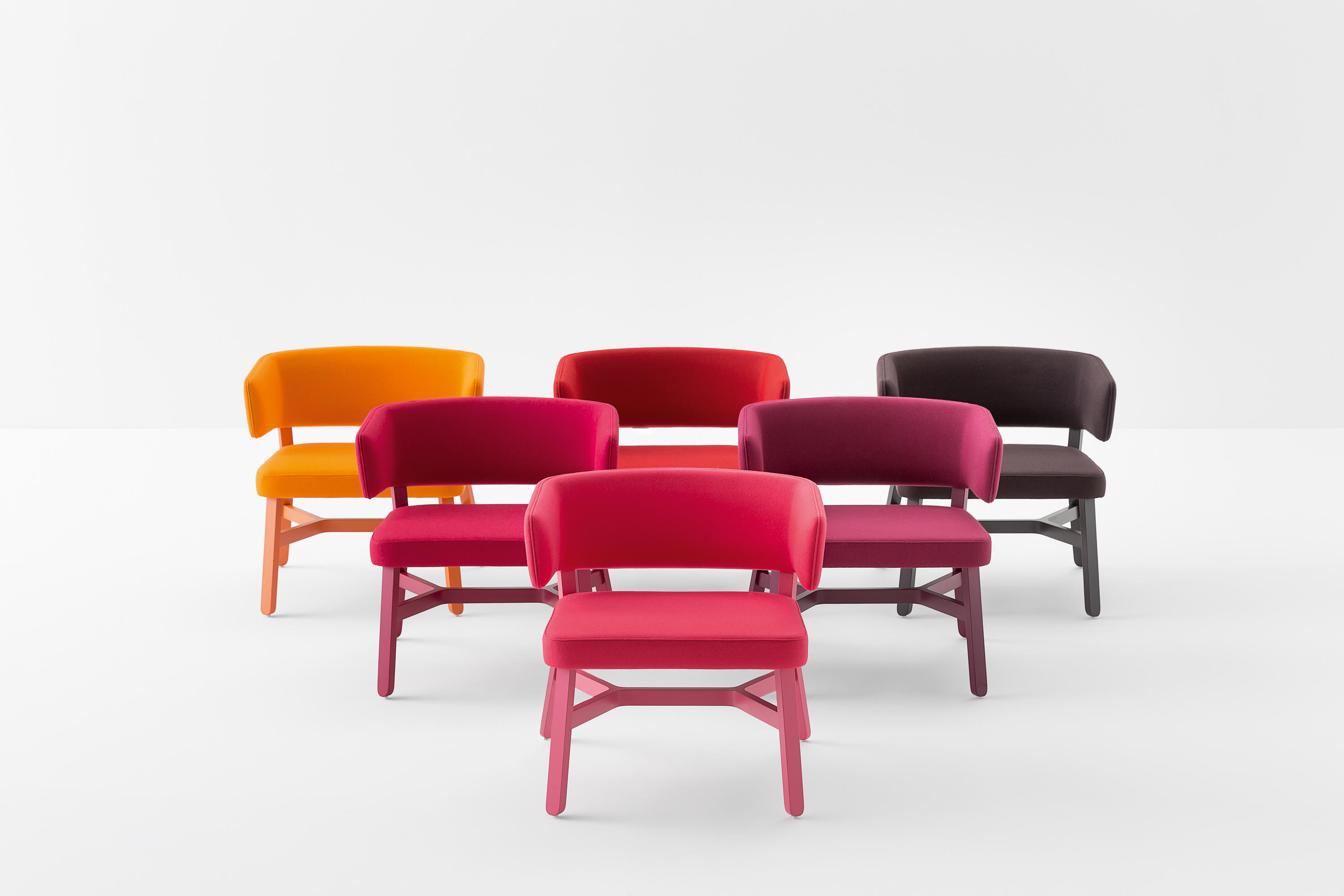 CROISSANT LOUNGE CHAIR Visitors Chairs Side Chairs