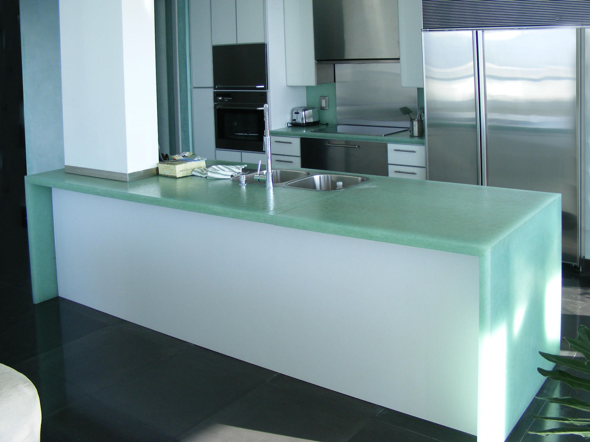 BIOGLASS WHITE DIAMOND  Decorative glass from COVERINGSETC  Architonic