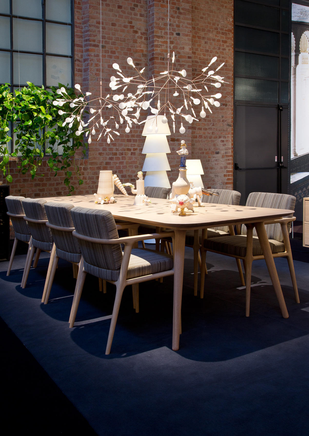 dining chair with armrest room table leather chairs zio - from moooi | architonic
