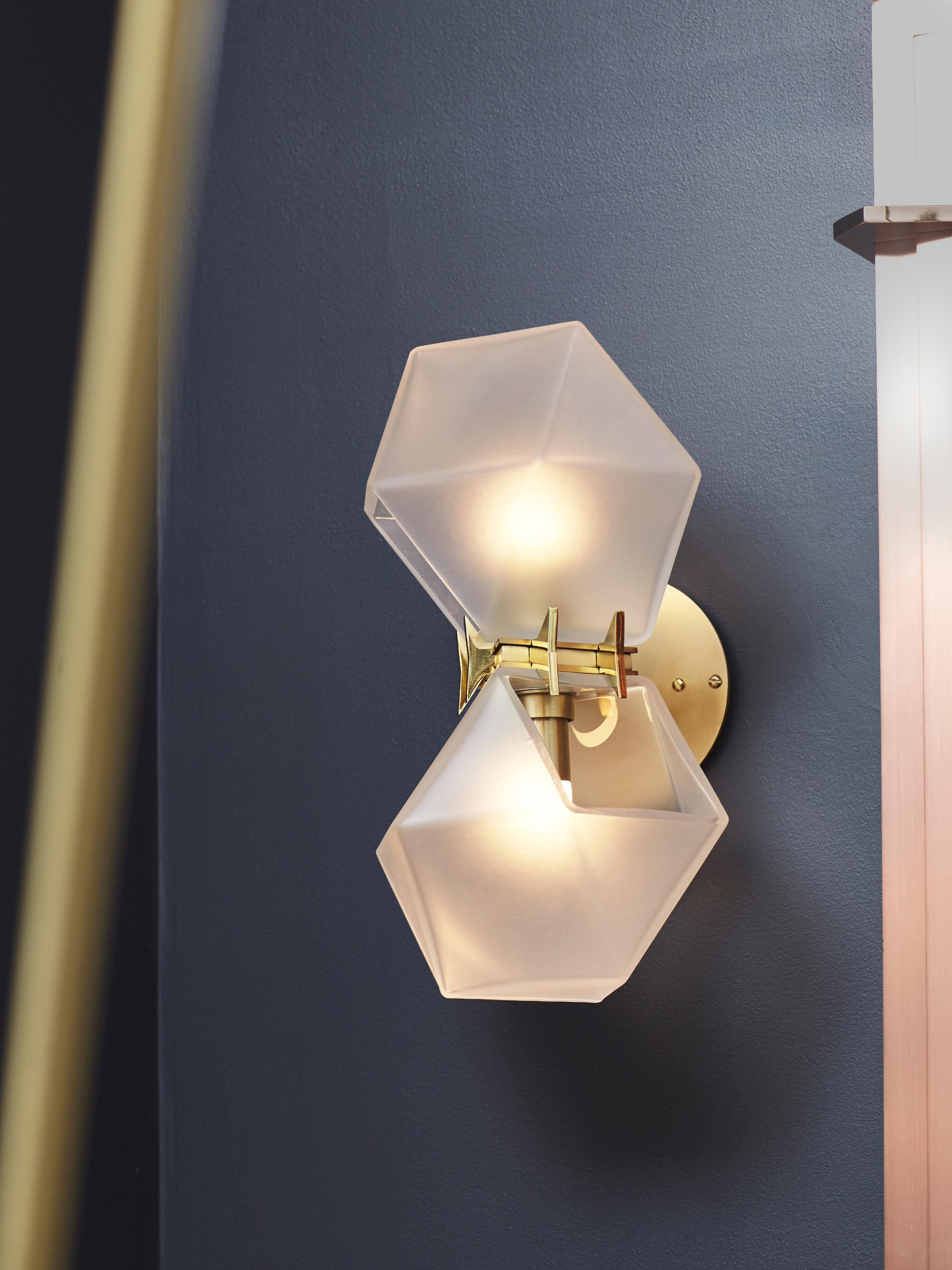 WELLES DOUBLEBLOWN GLASS PENDANT  Suspended lights from