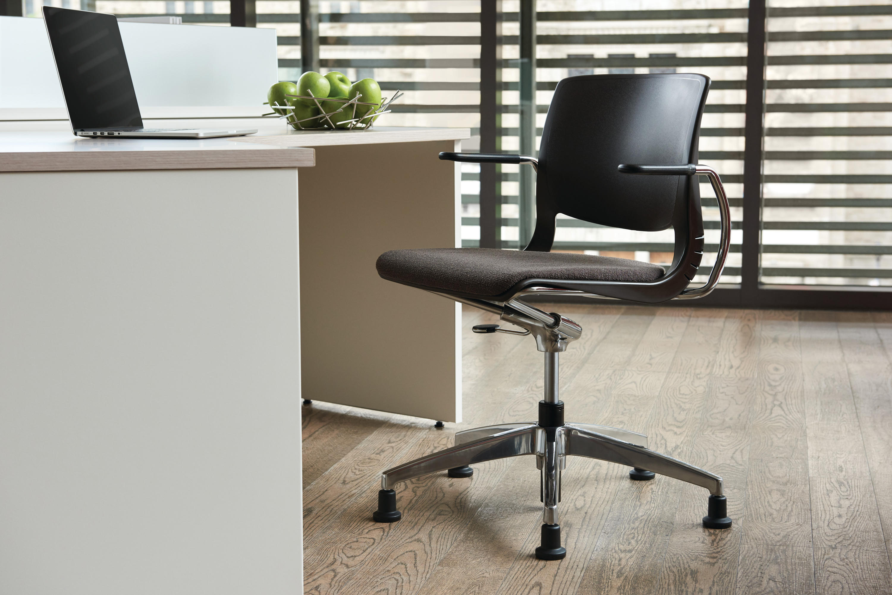 Work Chair Variable Work Chair Task Chairs From Teknion Architonic